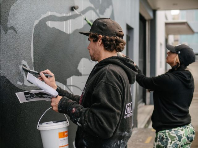 Eric Skotnes - Los Angeles / USA @zoueh_skotnes 🇺🇸 . Painting his Mural for Street Prints Papaioea 2020. International Street Art Festival Palmerston North 💪🏽 . Repost by Eric . Street Prints Papaioea @street_prints 📷: @mira_a_mire @yoshi_travel Assisted by: @anggiez24 #streetprintsnz #ericskotnes #zoueh . #streetprints #streetprintspapaioea #streetart #art #papaioea #palmerstonnorth #palmy #nz #aotearoa #artnz #mural